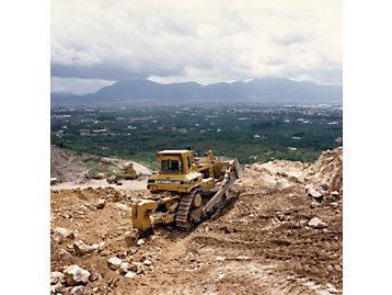 Cat D9N dozer working in Italy, 1993.