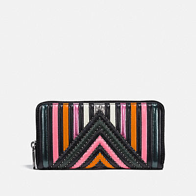 ACCORDION ZIP WALLET WITH COLORBLOCK QUILTING AND RIVETS
