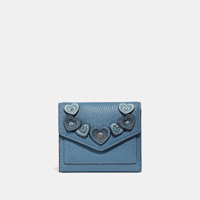 SMALL WALLET WITH HEARTS