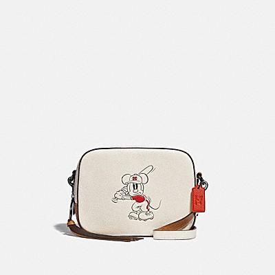 コーチ COACHの全てのレディースバッグ |DISNEY X COACH カメラ バッグ ウィズ ベースボール ミッキーマウス