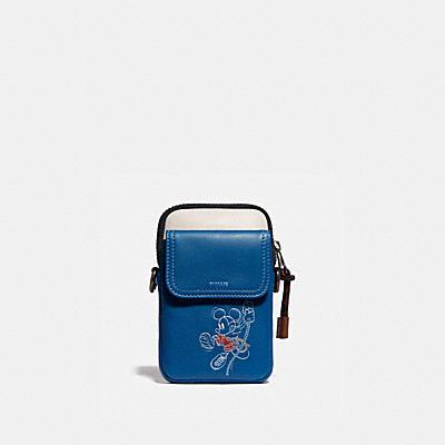 コーチ COACHのメッセンジャーバッグ |DISNEY X COACH ペイサー コンバーチブル ポーチ ウィズ ロープ クライム ミッキーマウス