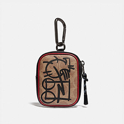 HYBRID POUCH 8 IN SIGNATURE CANVAS WITH ABSTRACT HORSE AND CARRIAGE
