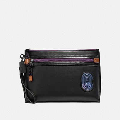 Academy Pouch In Leather Featuring Bubble C Patch