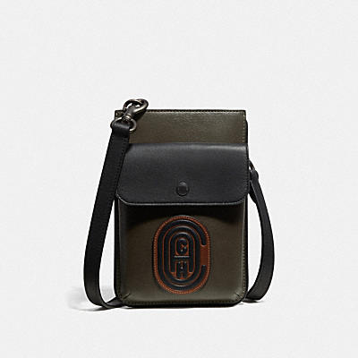 HYBRID POUCH IN COLORBLOCK WITH COACH PATCH