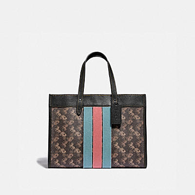 FIELD TOTE 30 WITH HORSE AND CARRIAGE PRINT AND VARSITY STRIPE