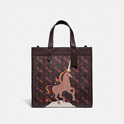 FIELD TOTE WITH HORSE AND CARRIAGE PRINT AND UNICORN
