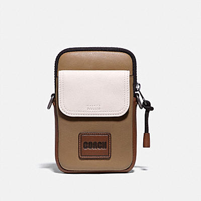 PACER CONVERTIBLE POUCH IN COLORBLOCK WITH COACH PATCH