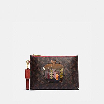 コーチ COACHの全ての財布&革小物 |チャーリー ポーチ シグネチャー キャンバス ウィズ ビッグ アップル スカイライン