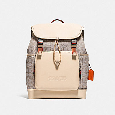 LEAGUE FLAP BACKPACK IN SIGNATURE JACQUARD