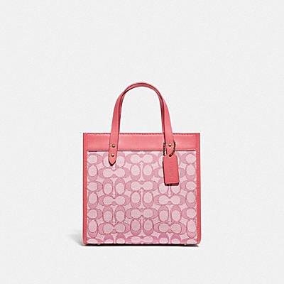 FIELD TOTE 22 IN SIGNATURE JACQUARD