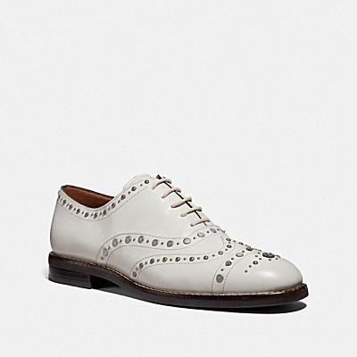 TEGAN 釘飾牛津鞋