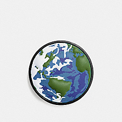 COACH 10643 Planet Earth Pin MULTI