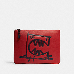 COACH 1207 Large Pouch With Rexy By Guang Yu QB/CRIMSON BLACK