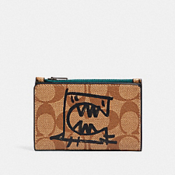 SLIM BIFOLD CARD WALLET IN SIGNATURE CANVAS WITH REXY BY GUANG YU - 1257 - QB/TAN BLACK