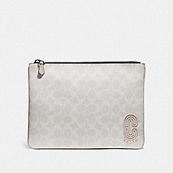LARGE POUCH IN SIGNATURE CANVAS WITH COACH PATCH - 1314 - QB/CHALK STEAM
