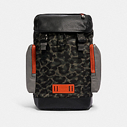 RANGER BACKPACK WITH ANIMAL CAMO SCRIPT PRINT - 1902 - QB/GREEN BLACK