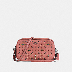 CROSSBODY CLUTCH WITH PRAIRIE RIVETS - 22868 - MELON/DARK GUNMETAL