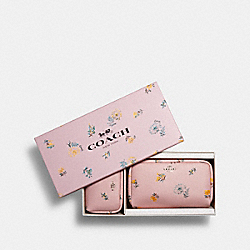COACH 2516 - BOXED SMALL AND MINI BOXY COSMETIC CASE SET WITH DANDELION FLORAL PRINT SV/BLOSSOM MULTI