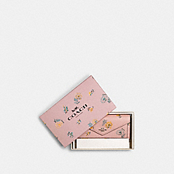 COACH 2528 Boxed Slim Envelope Wallet With Chain With Dandelion Floral Print SV/BLOSSOM MULTI