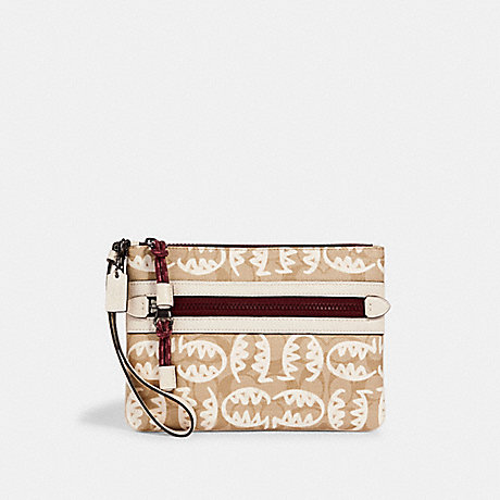COACH 2656 VALE GALLERY POUCH IN SIGNATURE CANVAS WITH REXY BY GUANG YU QB/LIGHT KHAKI/CHALK MULTI