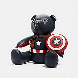 COACH 2768 Coach │ Marvel Captain America Collectible Bear SV/MIDNIGHT NAVY/RED