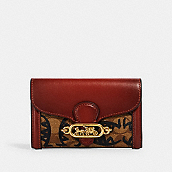 JADE MEDIUM ENVELOPE WALLET IN SIGNATURE CANVAS WITH REXY BY GUANG YU - 2878 - QB/KHAKI MULTI