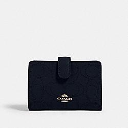 COACH 2884 Medium Corner Zip Wallet In Signature Leather IM/MIDNIGHT