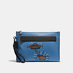 COACH X KEITH HARING POUCH - 29563 - LAPIS UFO DOG