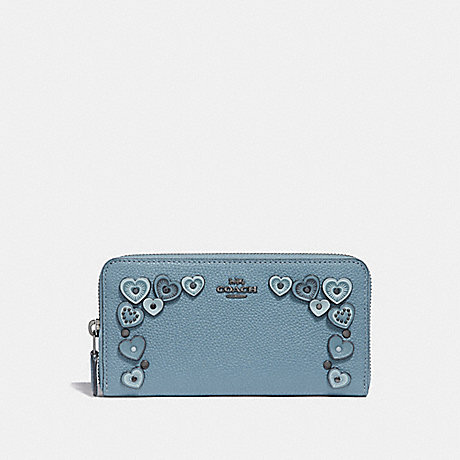 COACH ACCORDION ZIP WALLET WITH HEARTS - CHAMBRAY - 29746