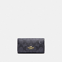 SIX RING KEY CASE IN SIGNATURE CANVAS - 33069 - LI/CHARCOAL MIDNIGHT NAVY