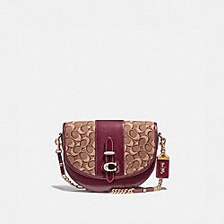 COACH 47928 - SADDLE 24 IN SIGNATURE JACQUARD TAN/SCARLET/BRASS