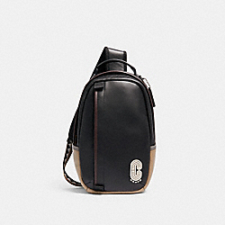COACH 5596 - EDGE PACK QB/BLACK MULTI