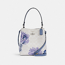 SMALL TOWN BUCKET BAG IN SIGNATURE CANVAS WITH KAFFE FASSETT PRINT - 6024 - SV/CHALK MULTI/PERIWINKLE