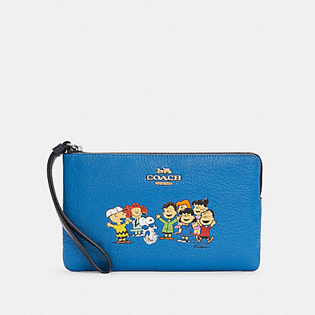 COACH 6481 COACH X PEANUTS LARGE CORNER ZIP WRISTLET WITH SNOOPY AND FRIENDS SV/VIVID BLUE