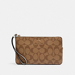 COACH 6648 - LARGE CORNER ZIP WRISTLET IN SIGNATURE CANVAS IM/KHAKI/CHALK