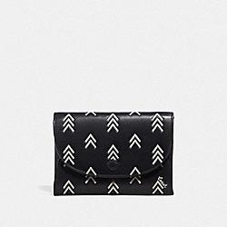 COACH 69487 Snap Card Case With Line Arrow Print BLACK/CHALK