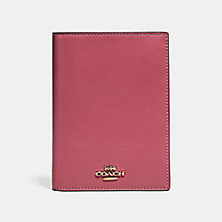 COACH 69971B Boxed Passport Case GD/DUSTY PINK