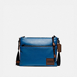 COACH 78834 Pacer Crossbody With Coach Patch JI/PACIFIC