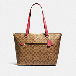 GALLERY TOTE IN SIGNATURE CANVAS - IM/KHAKI/FUCHSIA - COACH 79609
