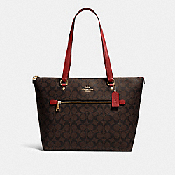 GALLERY TOTE IN SIGNATURE CANVAS - 79609 - IM/BROWN 1941 RED