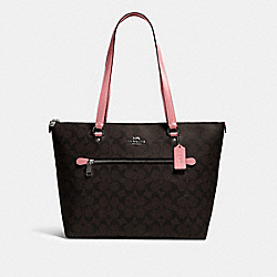 GALLERY TOTE IN SIGNATURE CANVAS - 79609 - QB/BROWN PINK LEMONADE