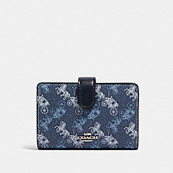 COACH 87936 - MEDIUM CORNER ZIP WALLET WITH HORSE AND CARRIAGE PRINT SV/INDIGO PALE BLUE MULTI