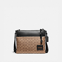 PACER CROSSBODY IN SIGNATURE CANVAS WITH COACH PATCH - 87989 - JI/KHAKI