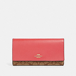 COACH 88024 Trifold Wallet In Signature Canvas IM/KHAKI POPPY