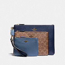 COACH 88076 Triple Pouch In Signature Canvas B4/TAN STONE BLUE MULTI