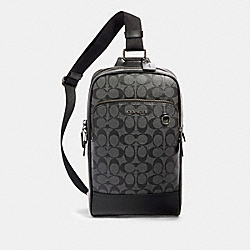 COACH 89937 - GRAHAM PACK IN SIGNATURE CANVAS QB/CHARCOAL/BLACK