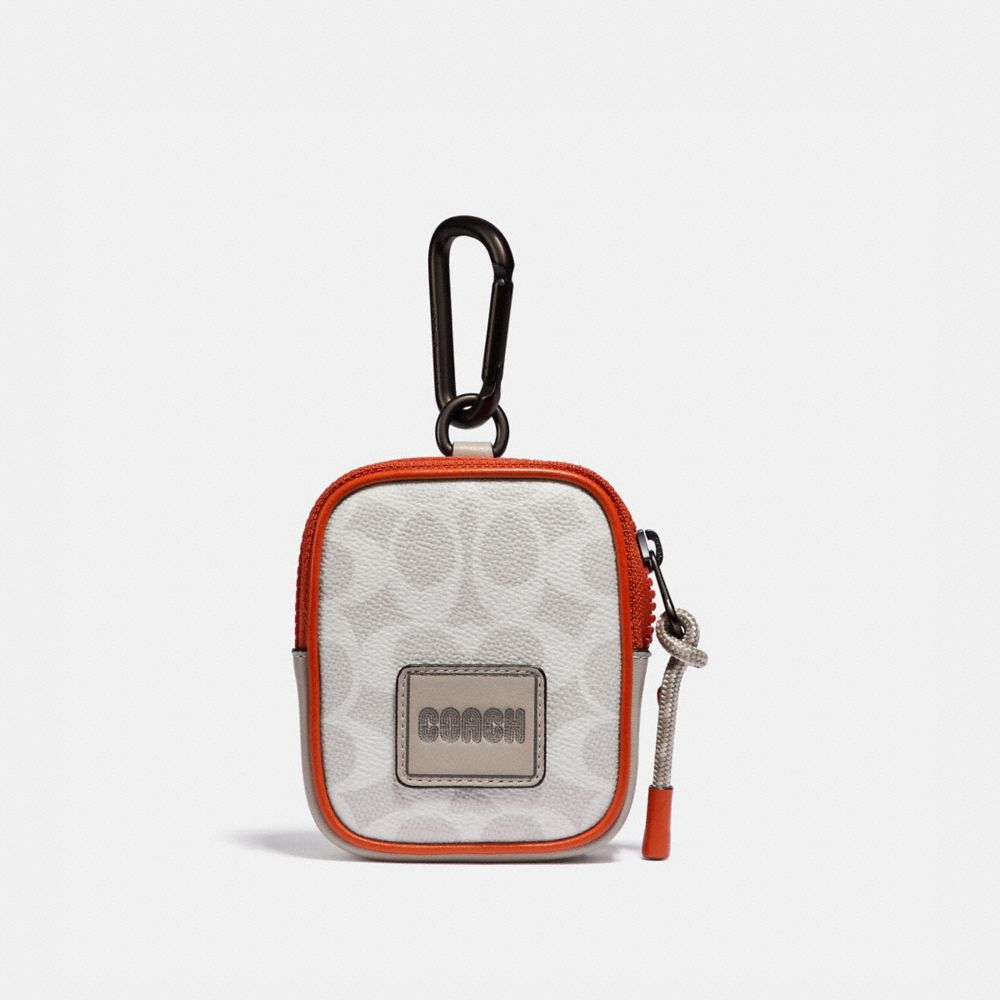 HYBRID POUCH 8 IN SIGNATURE CANVAS WITH COACH PATCH