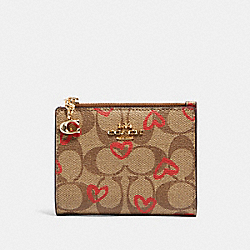 COACH 91054 Snap Card Case In Signature Canvas With Crayon Hearts Print IM/KHAKI RED MULTI