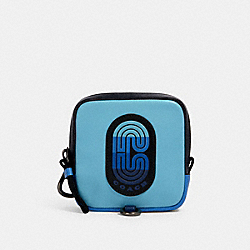 SQUARE HYBRID POUCH IN COLORBLOCK WITH COACH PATCH - 91230 - QB/BLUE MULTI