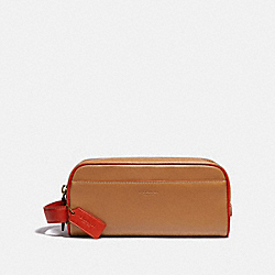 COACH 913 - TRAVEL KIT LIGHT SADDLE/MANGO